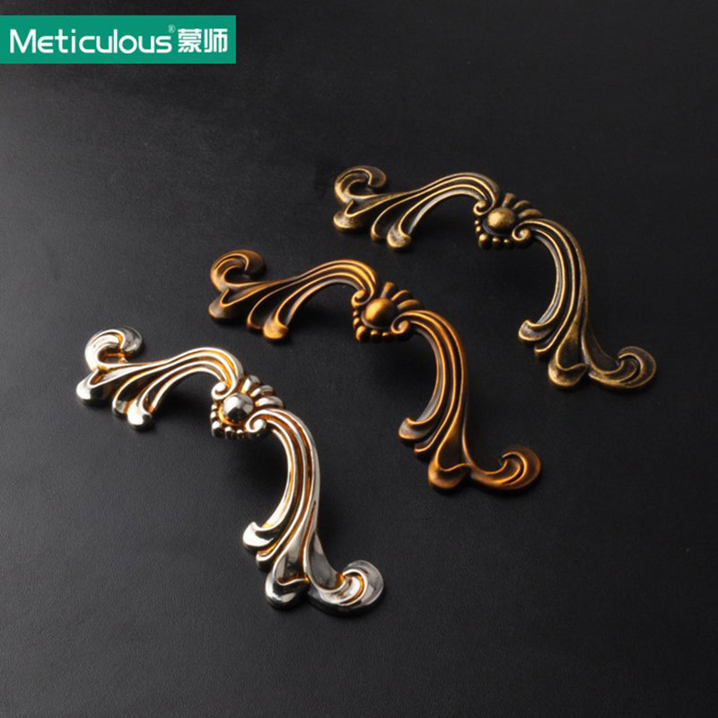 цены Meticulous Antique drawer pulls bronze cabinet furniture handles vintage kitchen knobs shabby chic dresser knob 96mm handle pull