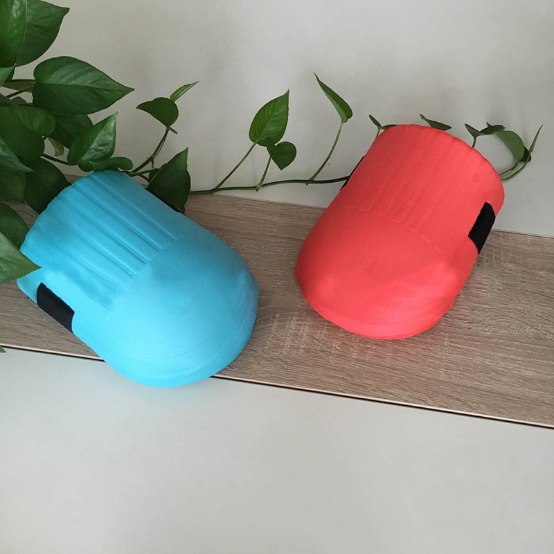 1 Pair Soft and Waterproof Gardening Knee made of Soft EVA Foam with Adjustable Straps for Outdoor Sport and Garden Work