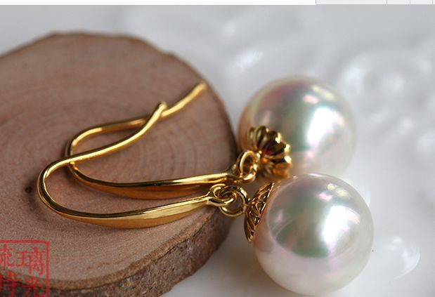 charming AAA10-11mm round south sea white pearl dangle earring 14K/20 yellow goldcharming AAA10-11mm round south sea white pearl dangle earring 14K/20 yellow gold