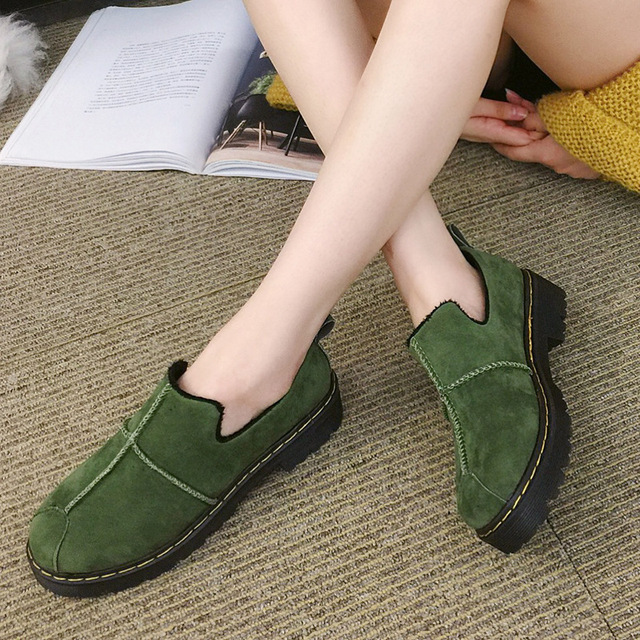 2017 Winter New Women's Shoes Fashion Trend Casual Female Shoes Flat Bottom with Thick Snow Shoes Pure Color To Keep Warm Shoes