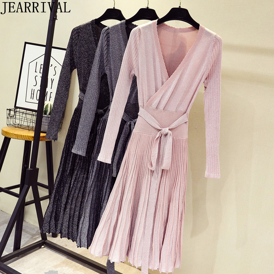 2019 Winter Women Pleated Sweater Dress Fashion Long Sleeve V-Neck Lace Up Lurex Elegant Knitted Dress Work Office Vestidos