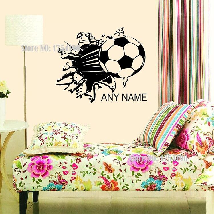 84d8440cd01c1 Football فينيل جدار الشارات شخصية صنع الرياضة خلفيات ملصقات الحائط جدار  الفن للأطفال غرفة الاطفال الديكور حجم 48 60 سنتيمتر