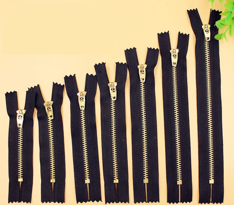 4# Size Brass Teeth Black Zipper For Jeans Sewing Garments Handbag Craft Sewing With 7/9/<font><b>10</b></font>/11/<font><b>12</b></font>/13/<font><b>15</b></font>/18 CM image