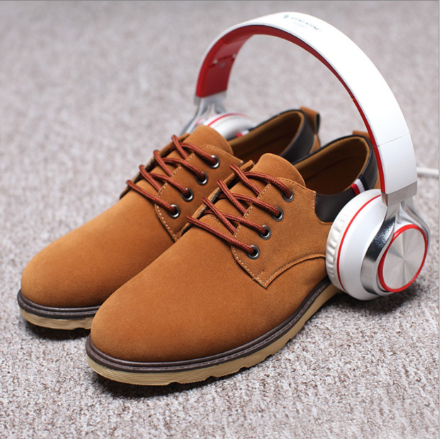 2017 New Summer Men's Casual Shoes Boat Shoes For Men Black Blue Brown Leather Shoes Lazy Autumn Large size Shoes Men In stock