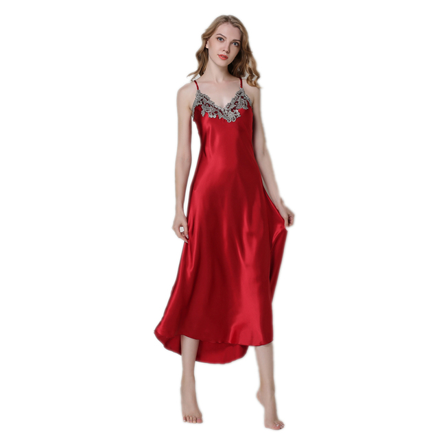 Nightgowns in satin sexy girls