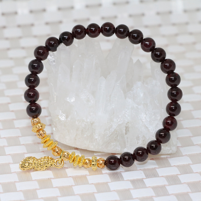 New fashion original design natural garnet elastic strand bracelets women 6m round beads fashion costume jewelry 7.5inch B2103