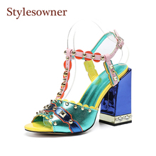 Stylesowner New Green Designer Top Quality Lady Sandal Shoe Chunky High Heels Rivets Peep Toe Comfortable Wedding Party