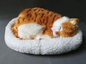Реалистичная игрушка Спящая кошка 23x20 см дышащая модель кошки с ковриком, полиэтилен и мех, модель кошки, украшение дома, подарок d1220