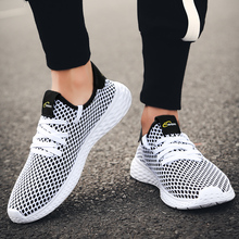 цена на New Arrivals Men Casual Shoes Summer Flats Breathable Mesh Shoes For Men Light Fashion Men Sneakers Zapatos Hombre