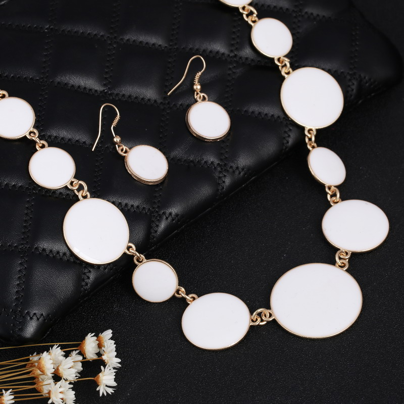 Bohemian Style African Beaded Jewelry Set White Drip Round Charms Pendant Necklace Collier Designers Statement Jewelry Earrings