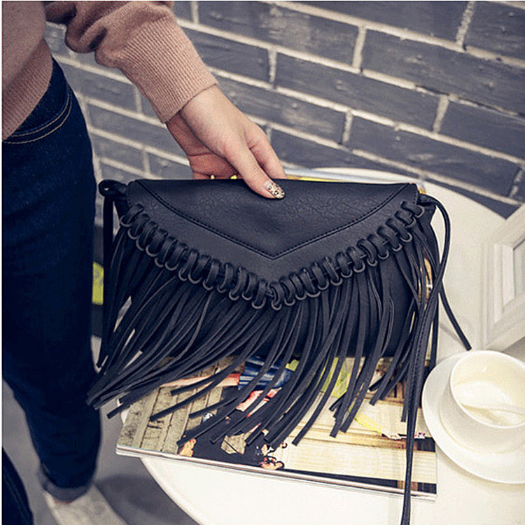2018 Summer Fashion New Export Retro Tassel Woman Leather Handbag Women  Shoulder Bag Messenger Bags Satchel-in Top-Handle Bags from Luggage   Bags  on ... 473b43bb1c9df