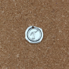 20Pcs/lots Single side Letter T Alphabet Initial alloy Charms Pendants Antique Silver Fashion Jewelry DIY 18x18.5MM