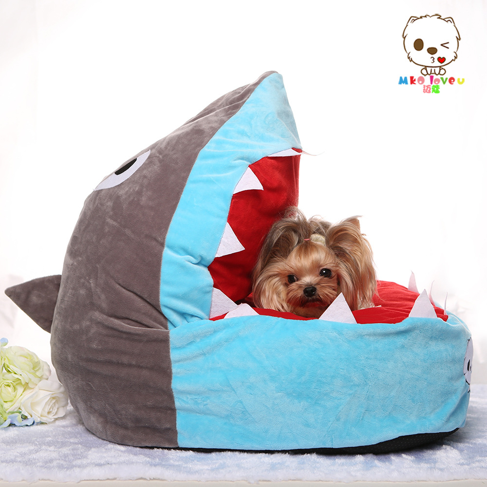 Cute funny cartoon shark cat dog house sofa bed kennel Dog house sofa