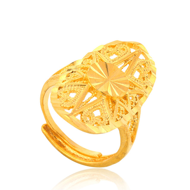 line Shop Ethlyn Dubai golden ring Gold Color Engagement