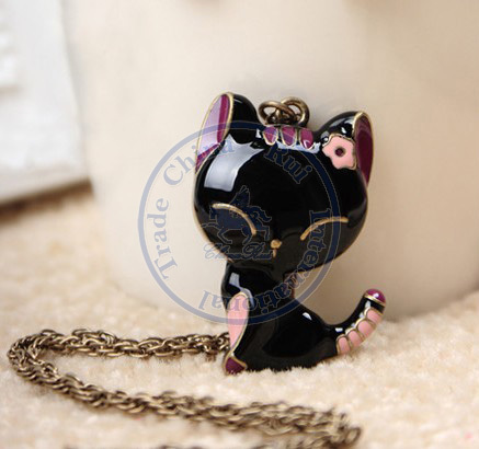 necklaces pendant Fashion jewelry popular for women black smile cute animal sweater chain design CN post