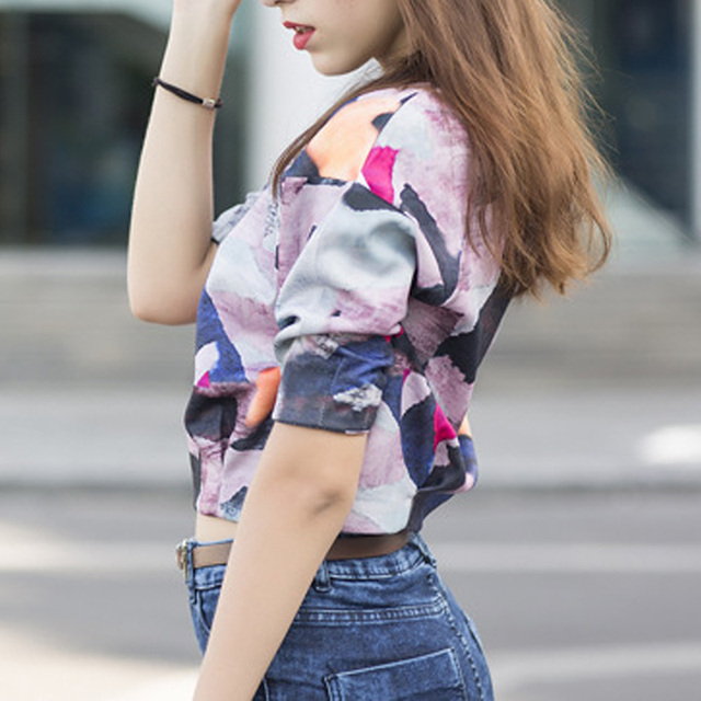 European Style Womens Printed Pull-over Crop Top O Neck Half-sleeve Color Block Graffiti Short T-Shirt Autumn Female Clothing