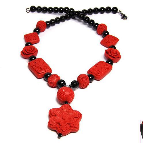 Vintage cinabre noir Onyxes fait à la main dames bijoux collier de perles, parfait mariage anniversaire femmes cadeau bijoux
