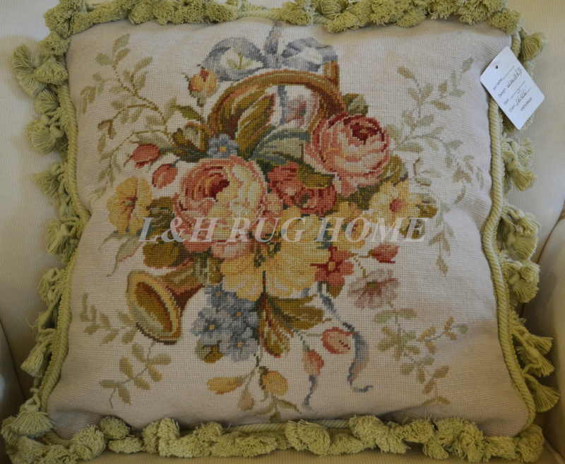 FREE SHIPPING 15K 16X16 Needlepoint pillow, hand knotted woolen cushion with floral designs no insertionFREE SHIPPING 15K 16X16 Needlepoint pillow, hand knotted woolen cushion with floral designs no insertion