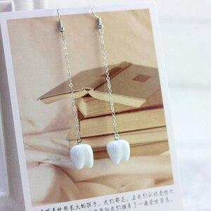 Женские керамические серьги с кисточками, длинные серьги-гвоздики белого цвета, винтажный пирсинг, модные украшения