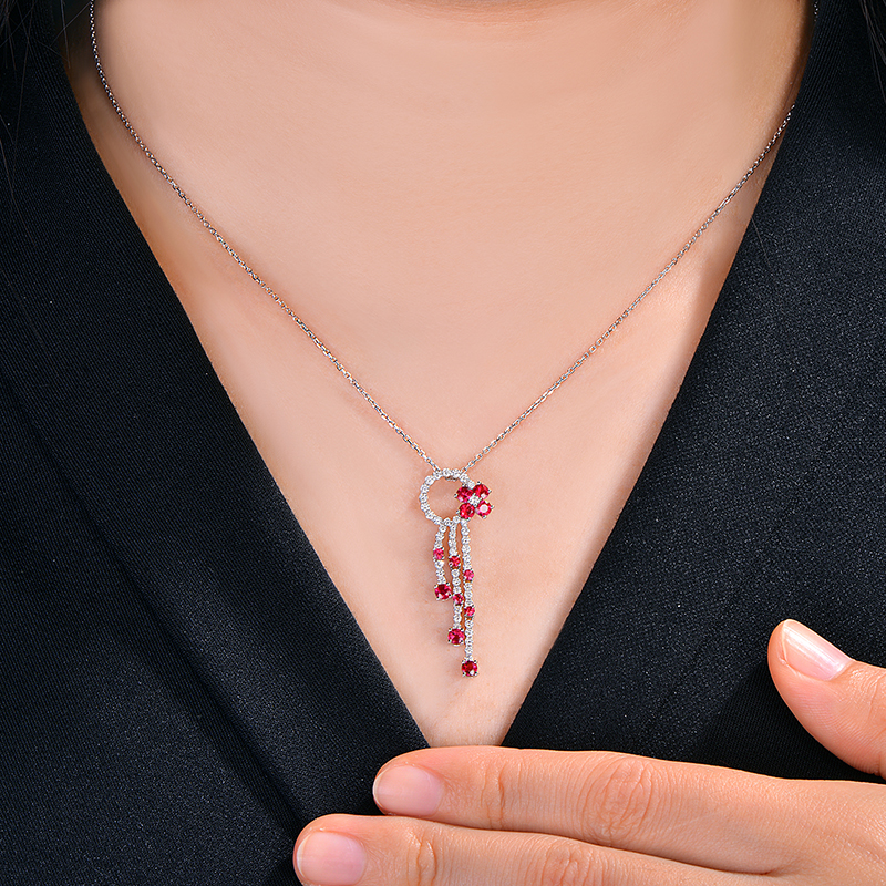 цена на 0.82ct Natural Round Oval Ruby And 0.47ct Superior Diamond 14k White Gold Engagement Pendant