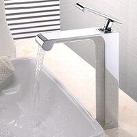 DHL водопад уникальный дизайн одной ручкой бассейна кран латунь горячей и холодной бортике Ванная комната кран kf928