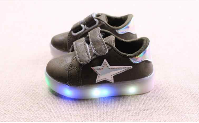 Hot Led Luminous Shoes for Boys Girls Fashion Light Up Casual Kids 3 Colors Outdoor New Glowing Children Sneaker