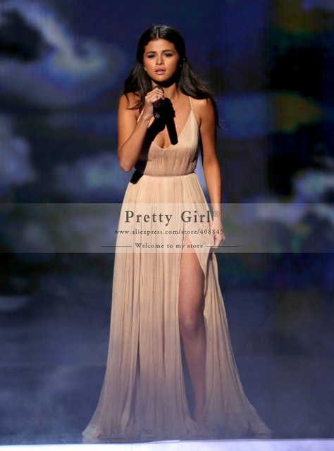 Selena Gomez Celebrity Vestidos 2016 Sexy V-cuello Backless Raja del Colmo de Noche Formal de Los Vestidos Barato Simple Elegante Vestido de Fiesta