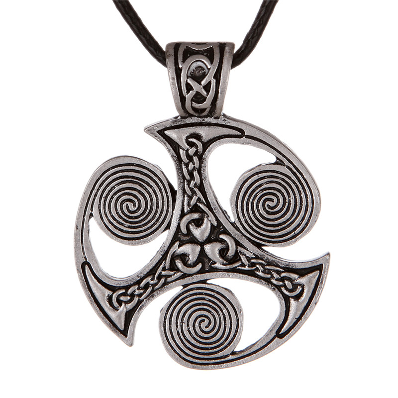 Collier Viking Triskele  1