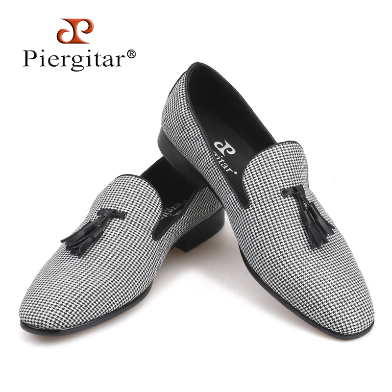 Piergitar 2018 new designs Three colors Houndstooth Fabric men's loafers with leather tassel Fashion party and wedding men shoes цены