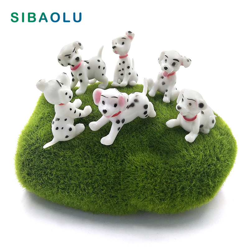 Spotted Dog Figurine Miniature Decoration Mini Fairy Garden Animal Statue Resin Craft Home Car Birthday Cake Decoration