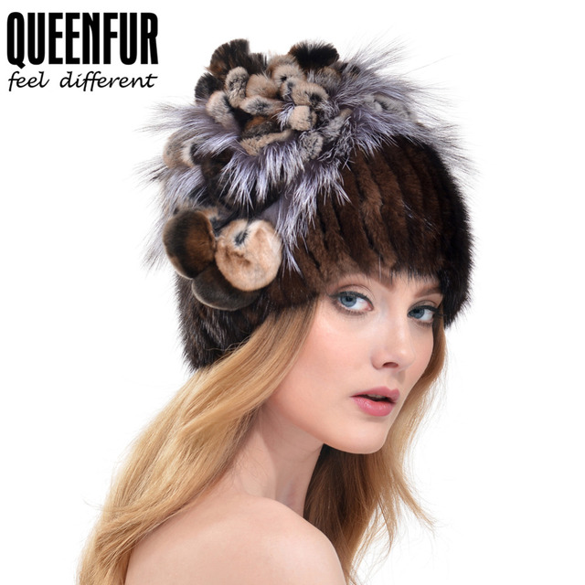 QUEENFUR Real Malha Mink Fur Cap Com Flor De Pele De Raposa de Prata Top tarja Chapéu Para As Meninas 2016 de Inverno Elasticidade Quente Gorros Cap