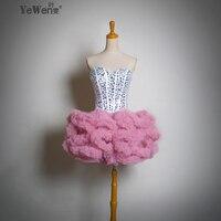 موضة جديدة لطيف الفتيات قصيرة البسيطة الريشة حمالة الأبيض مع الوردي حلوة bridesmiad فساتين السهرة شحن مجاني