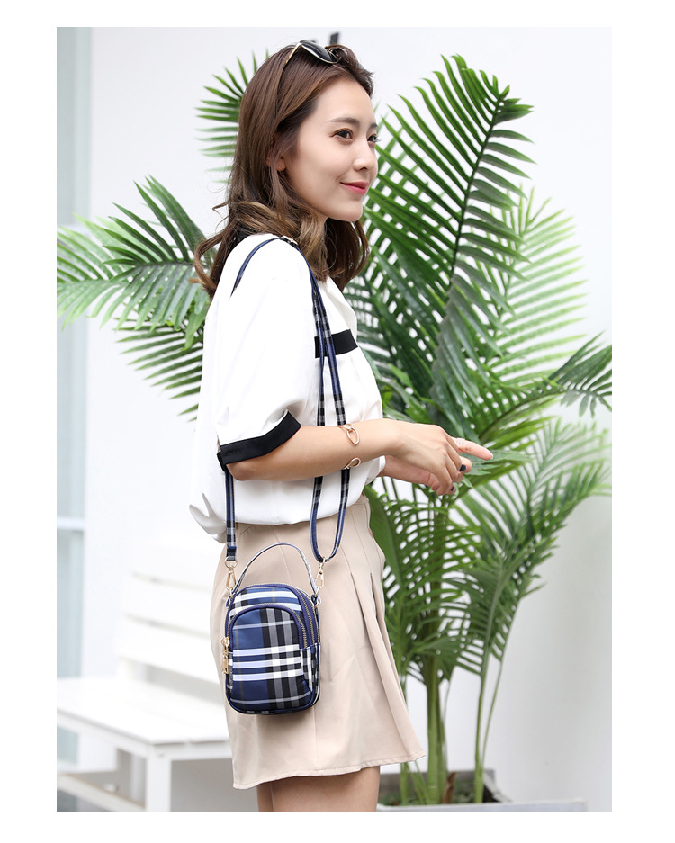 Women's mini bag trend single shoulder Messenger bag factory direct light waterproof nylon cloth bag mobile phone key bag 6