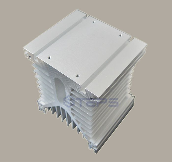 Three-phase solid state relay radiator 110*125*135 slot can be equipped with air-cooled drop temperature aluminum seat бумажник rainbow wings to fly a 08 2015