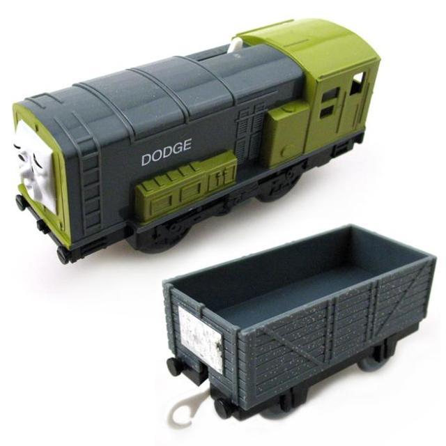 T0204 dodge con un carro eléctrico thomas y amigo azar trackmaster motor tren motorizado niño chinldren niños de toys