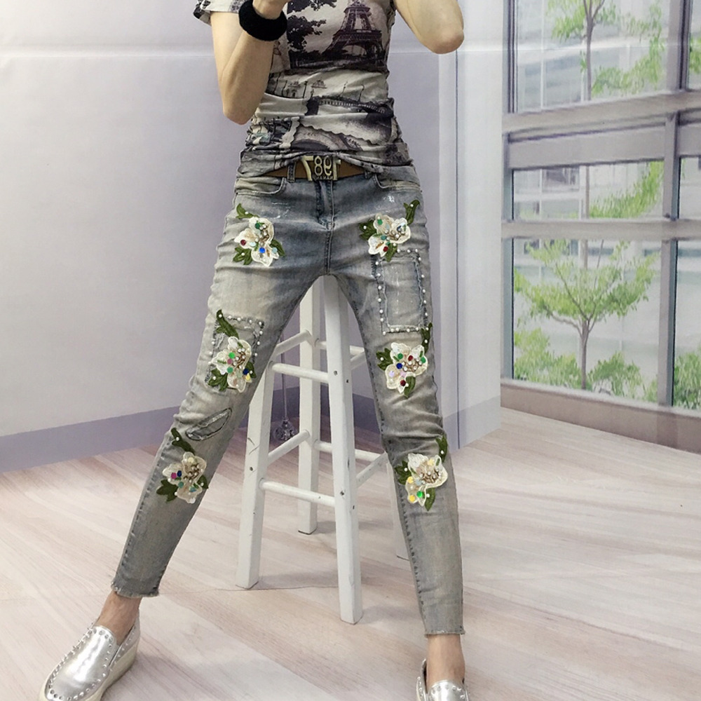 European Station Fashion Big Flowers Wear Stretch Nine Points Pearl Patchwork Flower Stitch Elegant Fashion Trends Lady  Jeans цена 2017