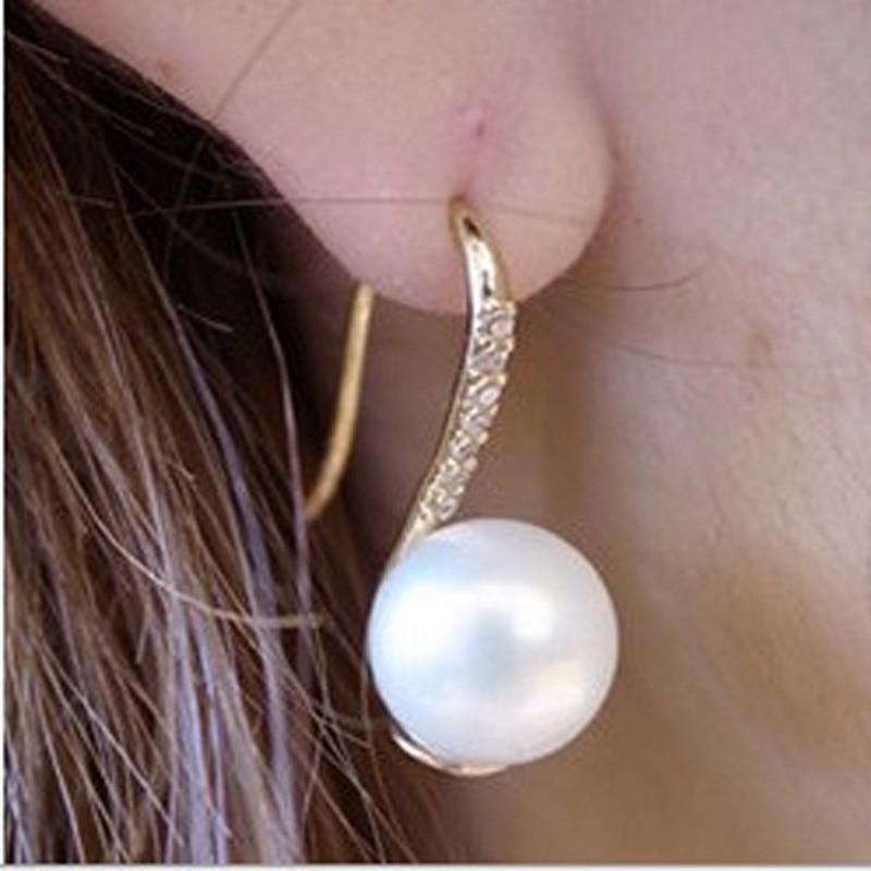 Neue Design Einfache Simulierte Perle Ohr Schmuck Gold-Farbe Ohrringe für Frauen Hohe Qualität Kristall Ohrring Kostenloser Versand