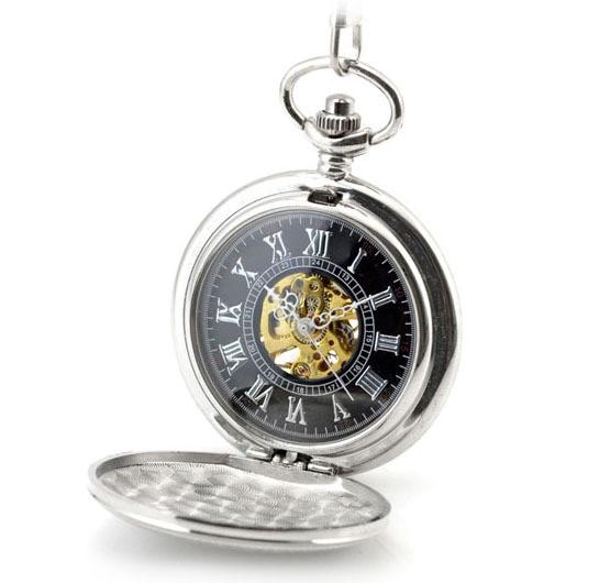 Relógio de Bolso Relógios para Mulheres Relógio de Presente Colar de Pingente de Escudo Prata Clássico Skeleton Mechanical Vento Mão Fob Esculpido Caixa Preta