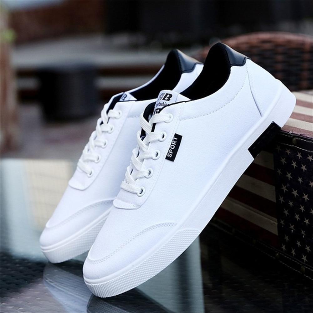 Homens vulcanize sapatos 2019 nova moda confortável respirável sapatos de lona rendas sapatos sapatos de verão primavera 39-44