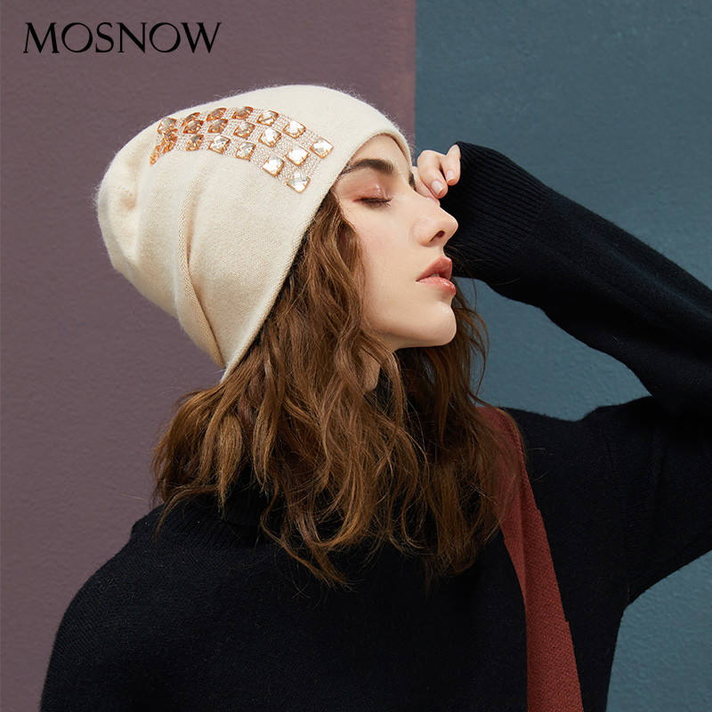 Women's Winter Beanies 2019 Stretchy Knitted Hat Flashing Glass Rhinestone Hat Female Cashmere Bonnets Elegant Warm Beanie Gorro