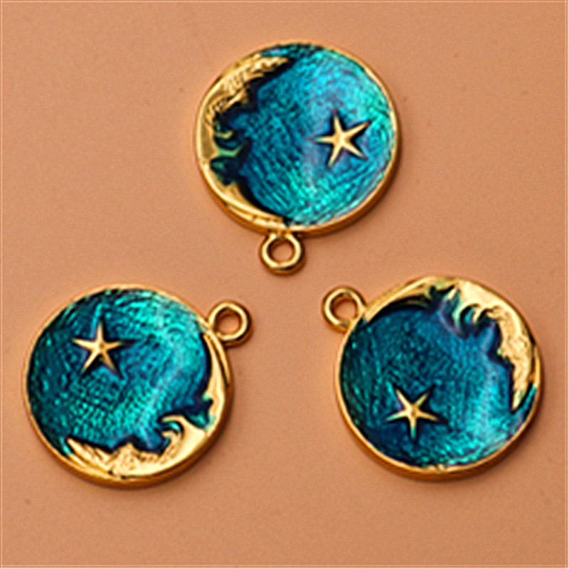Wholesale 4pcs Antiqued Green Bronze Alloy Moon Shaped Charms Pendant Connector