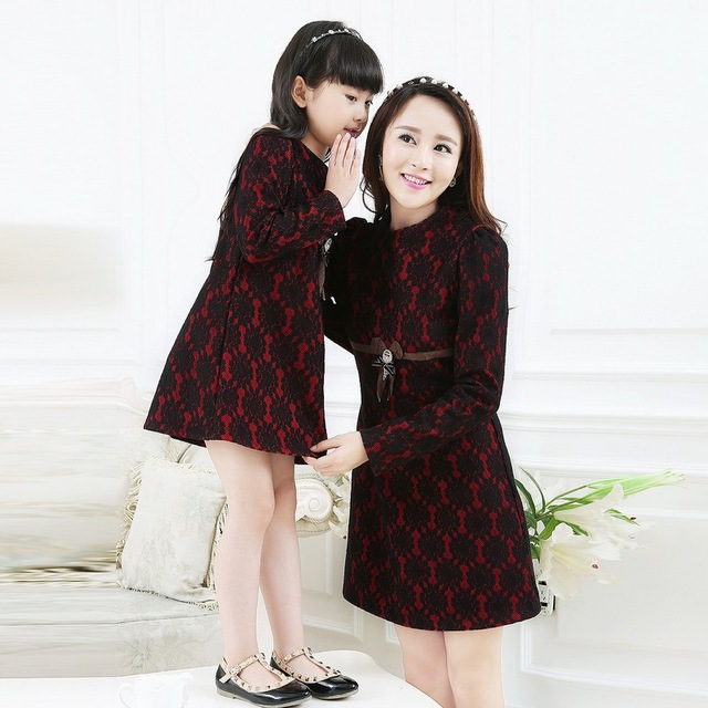169b74eca24 Mother Daughter Dresses Elegant Party Mommy and Me Mom Daughter Matching  Dress Family Matching Outfits Lace Mama Baby Vestidos