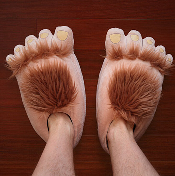 Indoor Slipper Wear Big Hairy Unisex Savage Monster Hobbit Feet Slippers Home Slippers Adult Pattes Pantoufles 2015 36-42  props