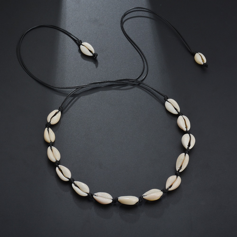 SMJEL New Fashion Black Rope Chain Natural Seashell Choker Necklace Collar Shell Choker Necklaces For Summer Beach Gift