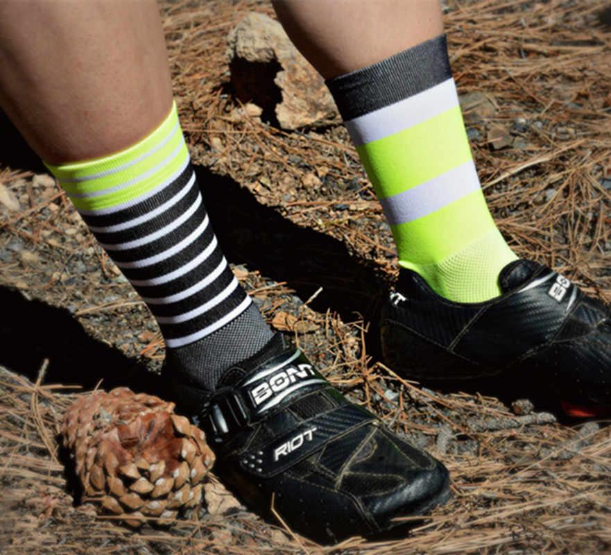 Ngoài trời Racing DH thể thao Đi Xe Đạp Vớ Nén Vớ người đàn ông sọc cho bóng rổ bóng đá Phòng Tập Thể Dục Bike Giày Dép đầy màu sắc