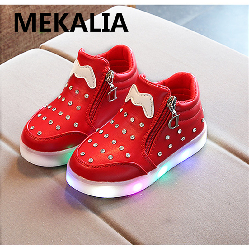 Kids Luminous Shoes toddler Boys & Girls LED White Shoes Charger Casual Sneakers Light Up Neon Glow Shoes 25-35