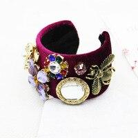 Mode rétro Baroque bracelet femmes couronne gem cristal abeille forage femme à large bord fleur de cristal bracelet 1391