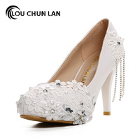 Women Pumps Shoes White Lace Flowers Bridal Shoes Waterproof Table Crystal Tassel Shoes Good Quality Shoes