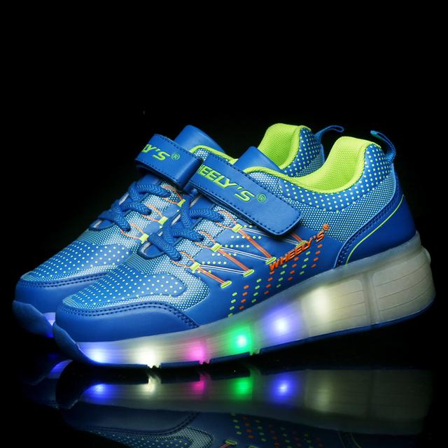 Novas crianças roller shoes menino & menina automático led iluminado piscando patins crianças moda sapatilhas com rodas quentes