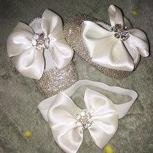 4d11c5750a580 Bowknot personnalisé étincelle Bling cristaux strass bébé filles chaussures  infantile 0-1Y ruban princesse chaussures